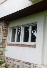 Kuca posle montaze-nase PVC stolarije