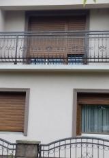 PVC stolarija u boji drveta-Rehau profil-Alu roletne