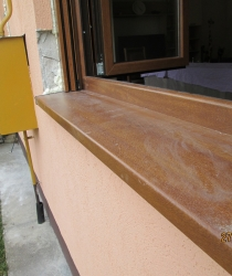 PVC-okapnica u boji drveta