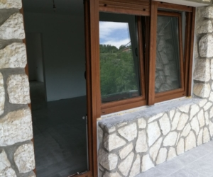 Pvc balkonska vrata-boja drveta